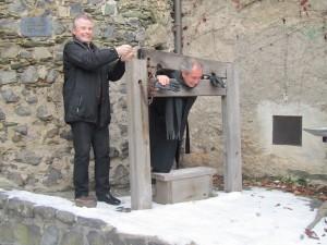 Projektteilnehmer fallen der Inquisition zum Opfer
