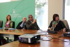 Diskussionsrunde in der Delegación de Educación de Granada